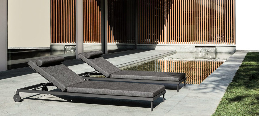 Ambient view Cleo Alu sun lounger by Talenti in Graphite finish