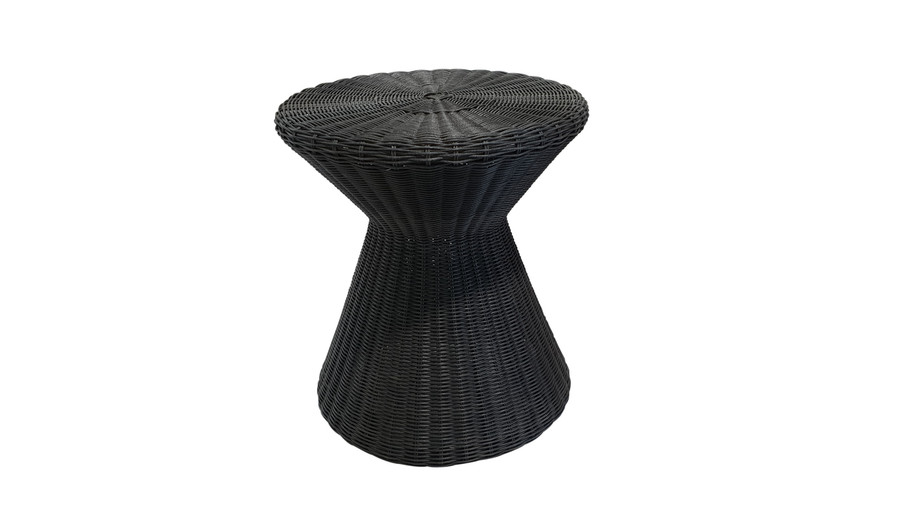 Tom outdoor side table in Lava