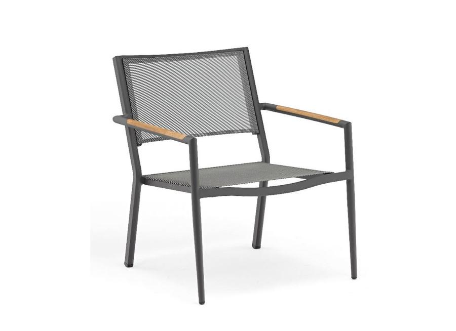 Polo outdoor aluminium lounge chair with dark grey frame