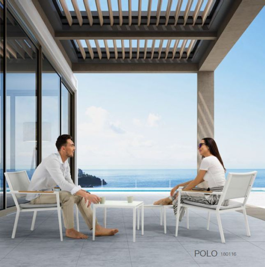 Polo outdoor lounging in white