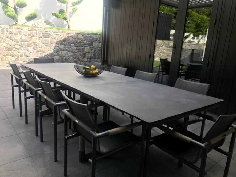 Bastingage outdoor extension table by Les Jardins 210-315cm. Shown with matching Bastingage dining chairs.  Photo courtesy of another very satisfied customer.