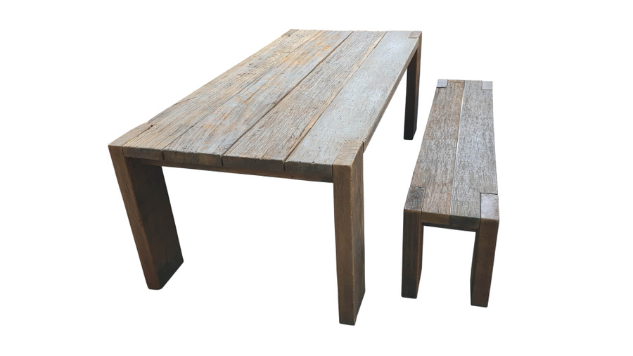 Exclusive reclaimed Railwood outdoor table and 1.8m railwood outdoor bench - please read characteristics. Very heavy !
