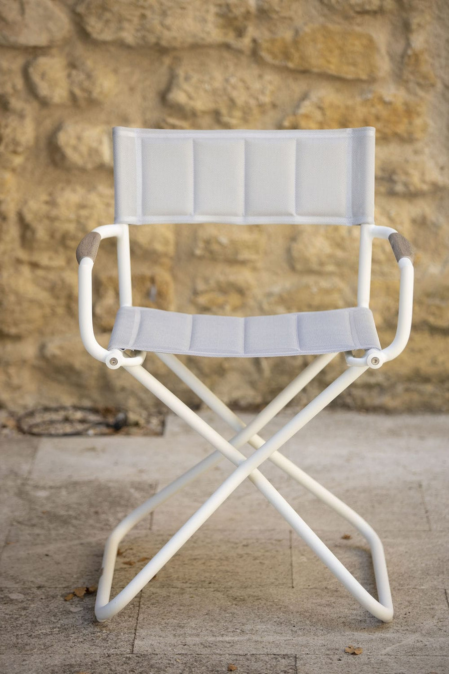Front view Bastingage outdoor directors chair in white