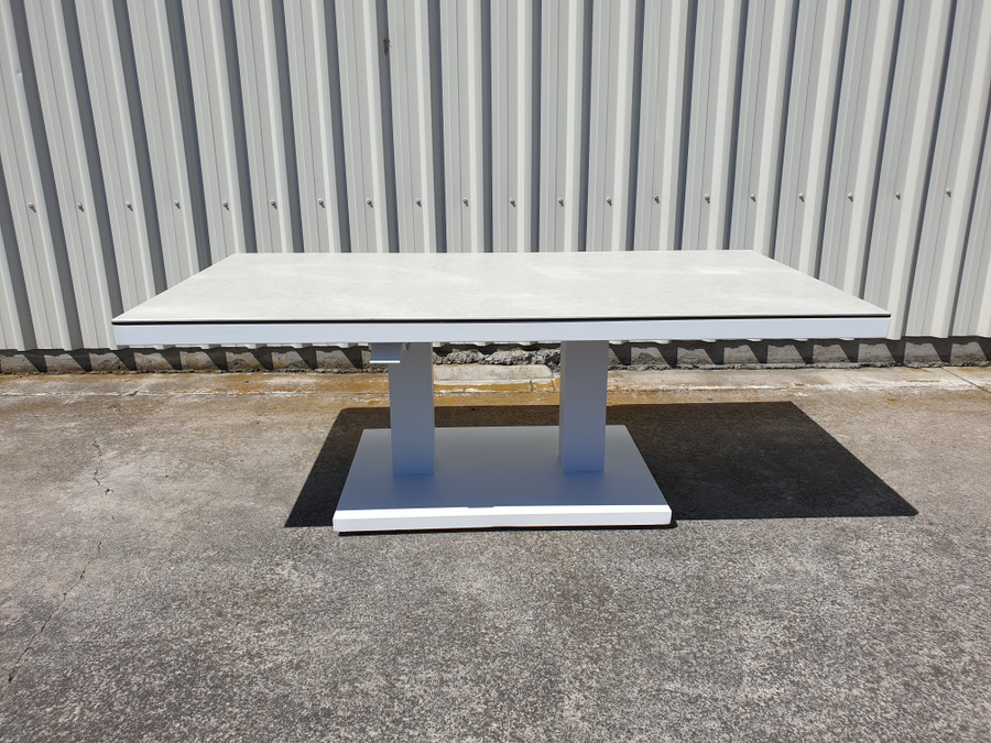 Zeb is a height adjustable outdoor coffee table. Shown at its lowest height of 51cm
