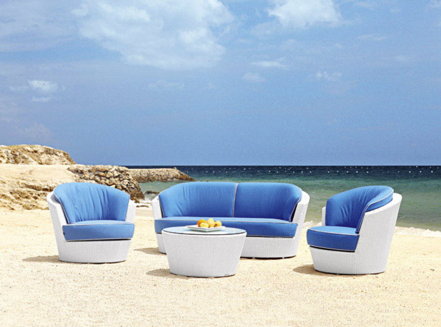 NEW ! Eden Roc now available in white wicker Note : we cannot supply round back cushions.