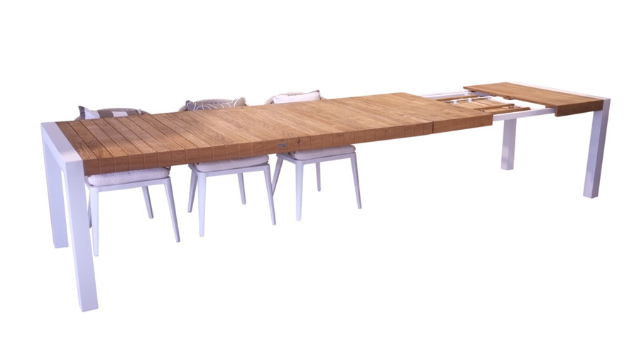 table shown fully extended at 3.2M, with second extension yet to be flipped over.