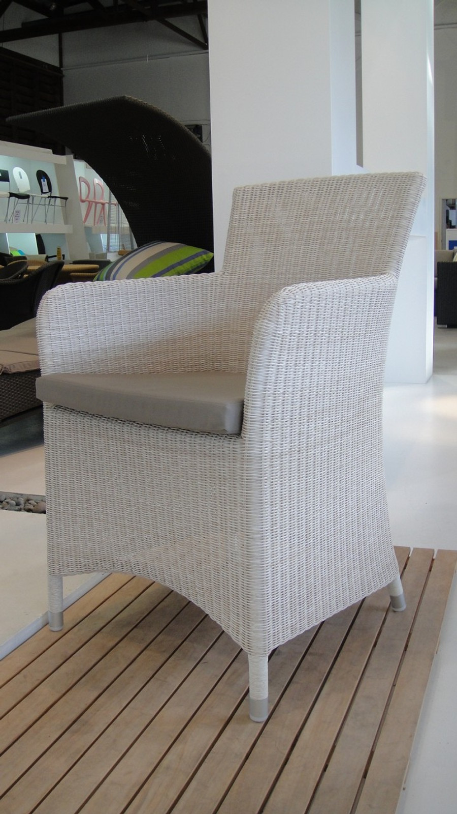 Patio outdoor dining arm chair
