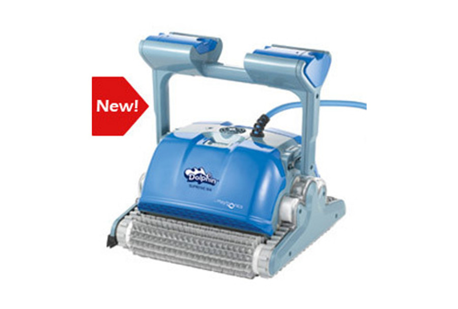 Dolphin Supreme M400 independent pool cleaner