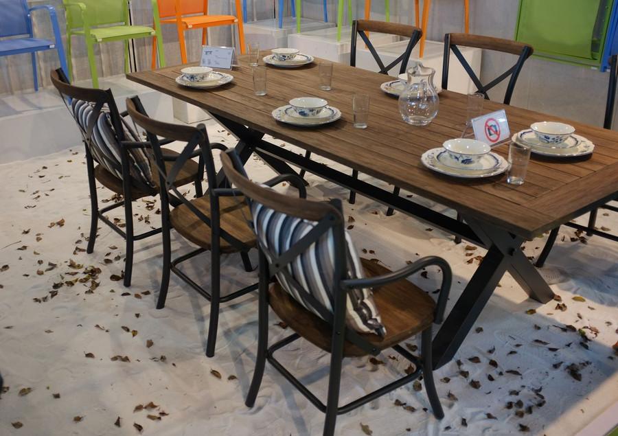 Cross outdoor dining table 240x100 teak