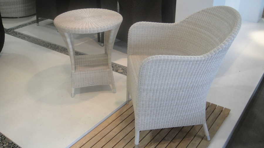 Squadra outdoor side table