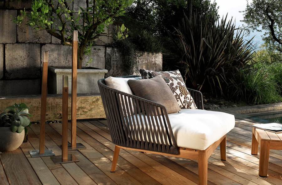 Phoro outdoor torch by Tribu