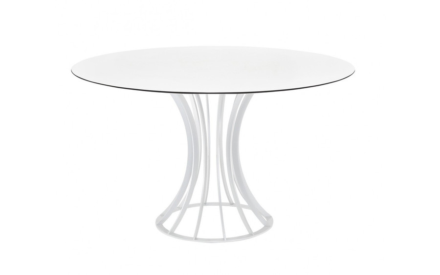 Onix outdoor dining table with HPL top - 2 sizes