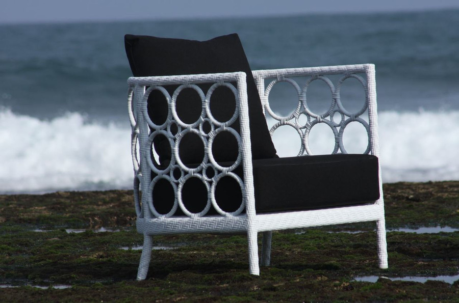 Ring Outdoor Lounge Chair In Synthetic Rattan