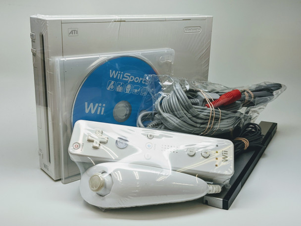 Nintendo Wii Sports Bundle - White (USA) RVL-001