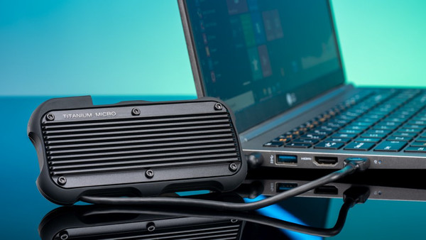 Titanium Micro Mercury: A portable external SSD built like a tank
