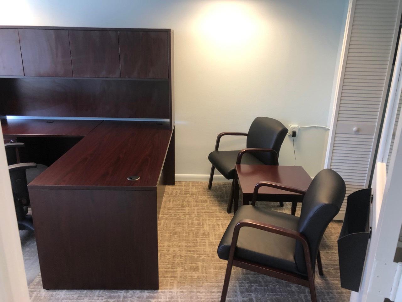 business-furniture-supplier-in-bradenton-florida-5-3-.jpg