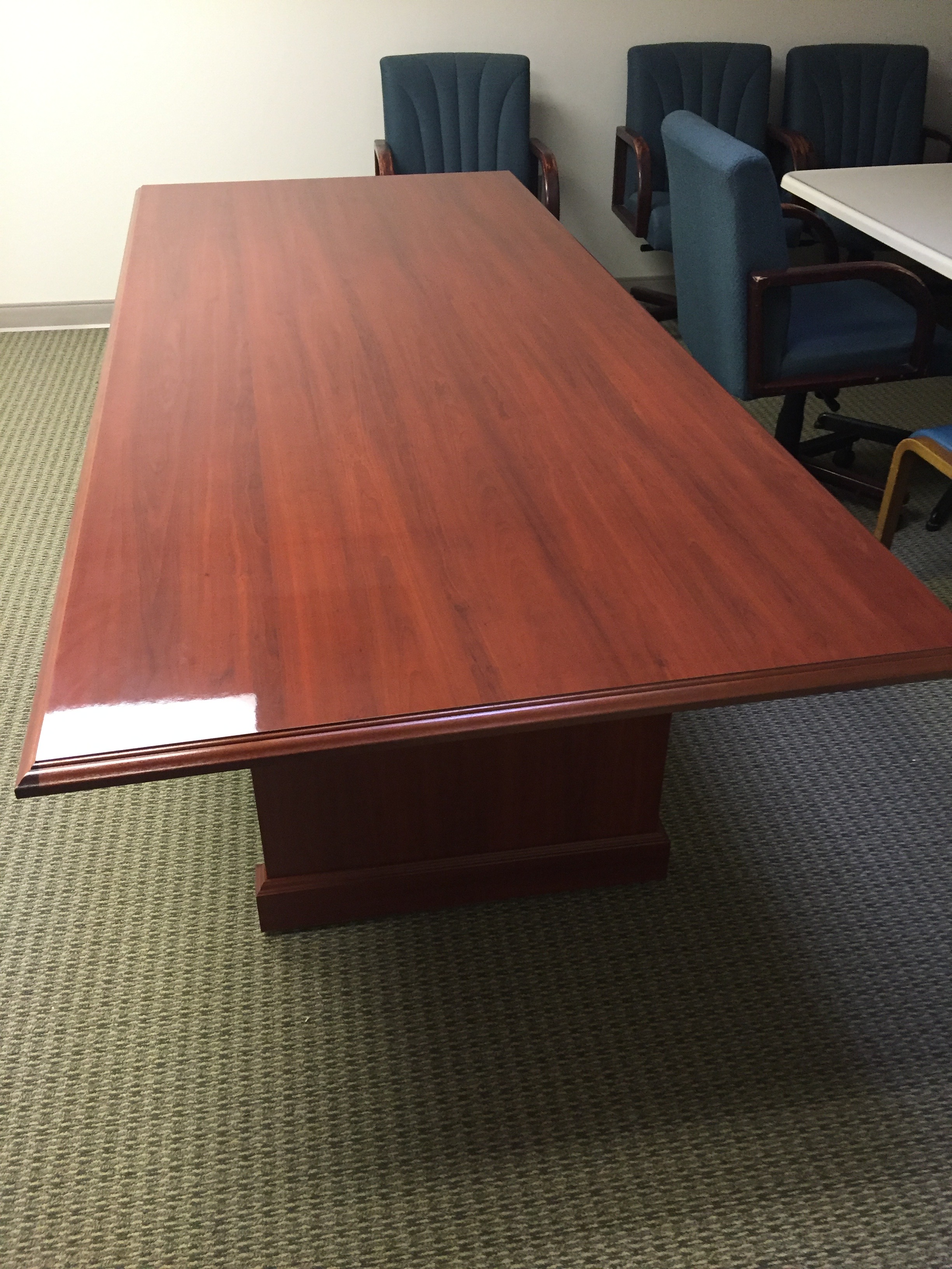 business-furniture-suppliers-in-kissimmee-florida-3-.png
