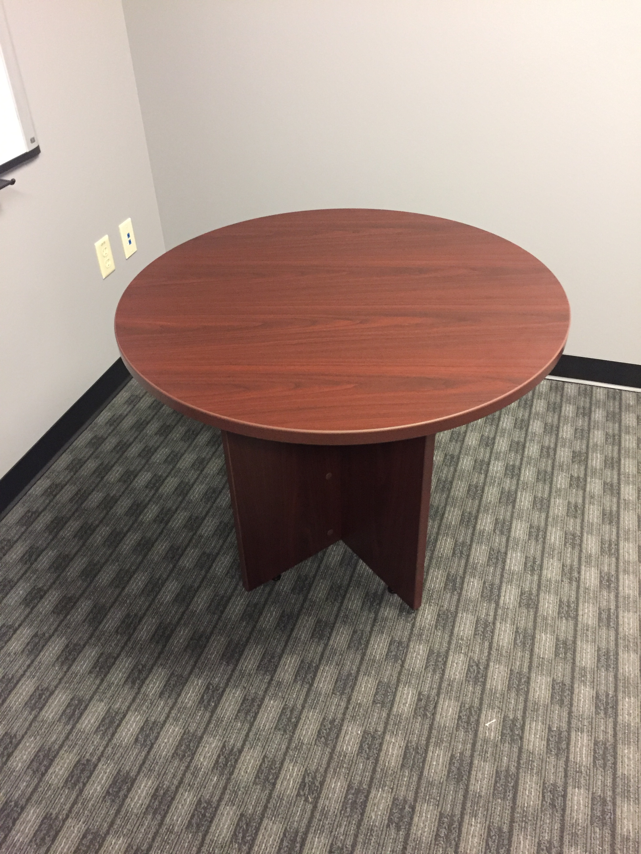 business-furniture-suppliers-in-vero-beach-florida.png