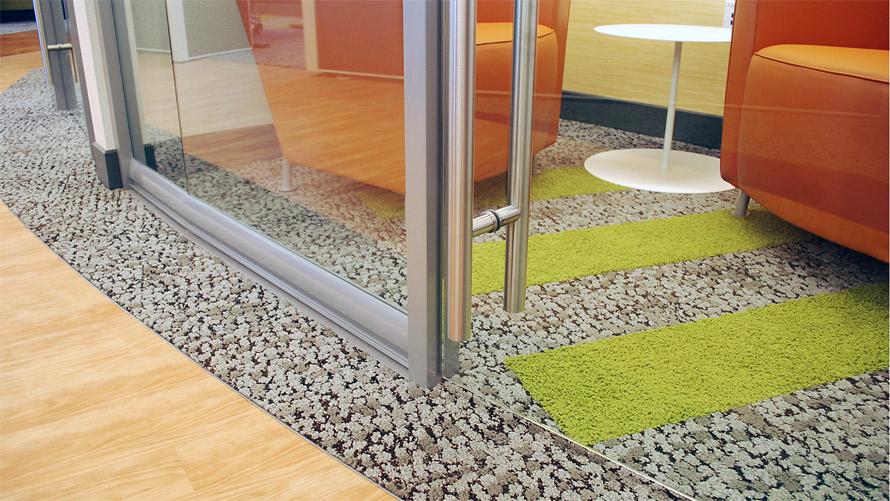 frameless-glass-swing-door-with-barpull-detail.jpg