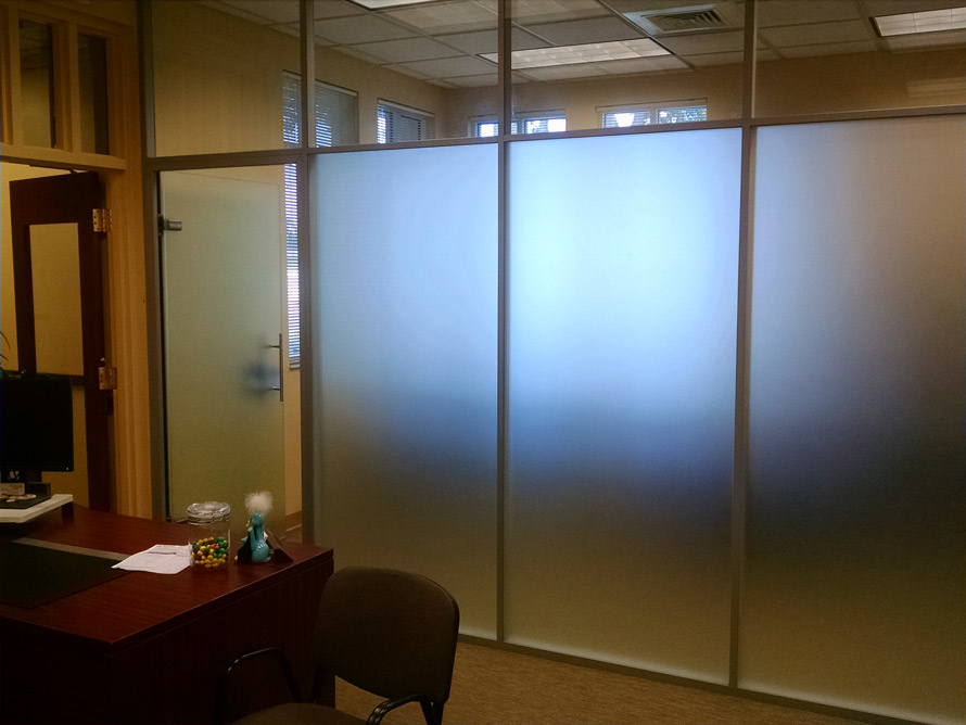 frosted-glass-private-offices-with-clear-glass-clerestory-flex-series.jpg