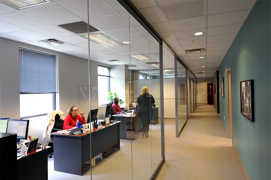 full-height-glass-office-fronts-nxtwall-view-series.jpg