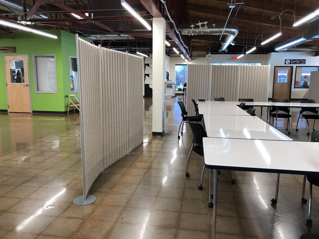 furniture-cubicles-in-boca-raton-florida-3-.jpg