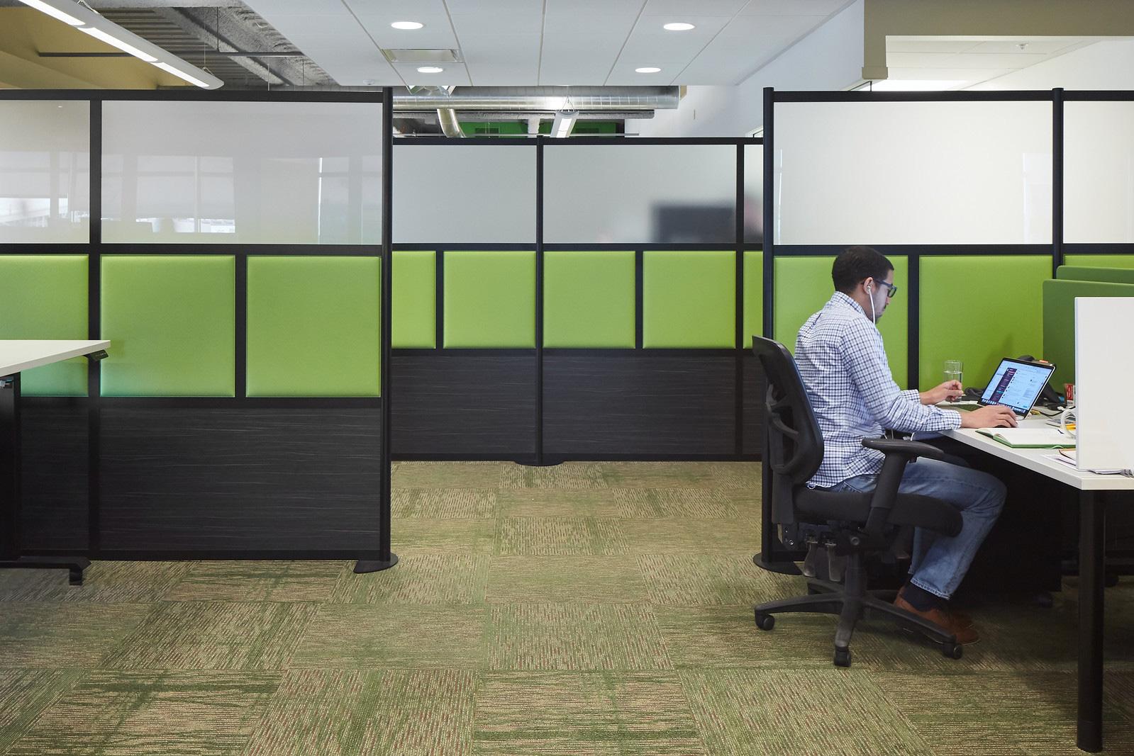 furniture-cubicles-in-bradenton-florida-3-.jpg