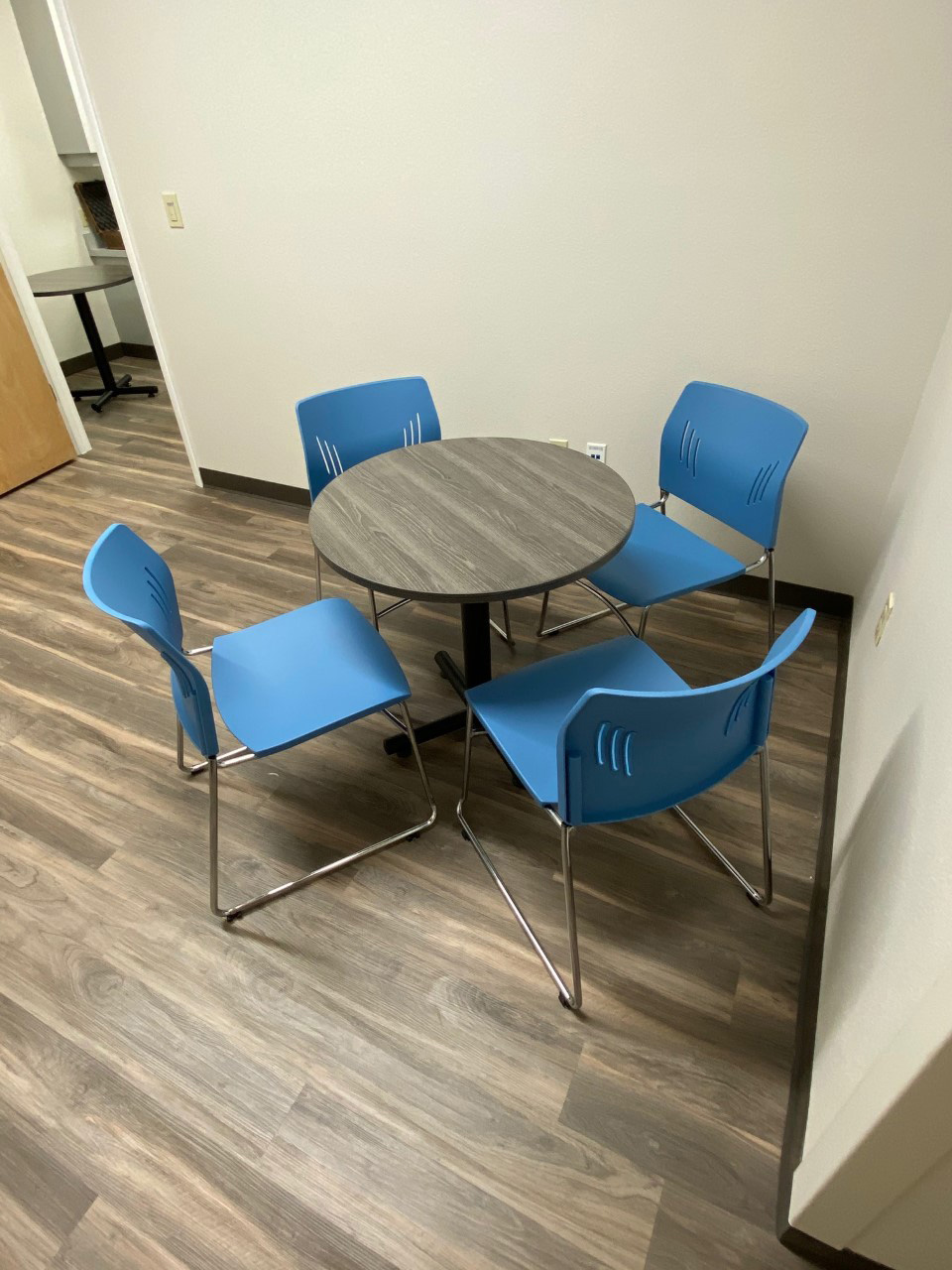 furniture-office-supplies-in-bradenton-florida-3-1.jpg