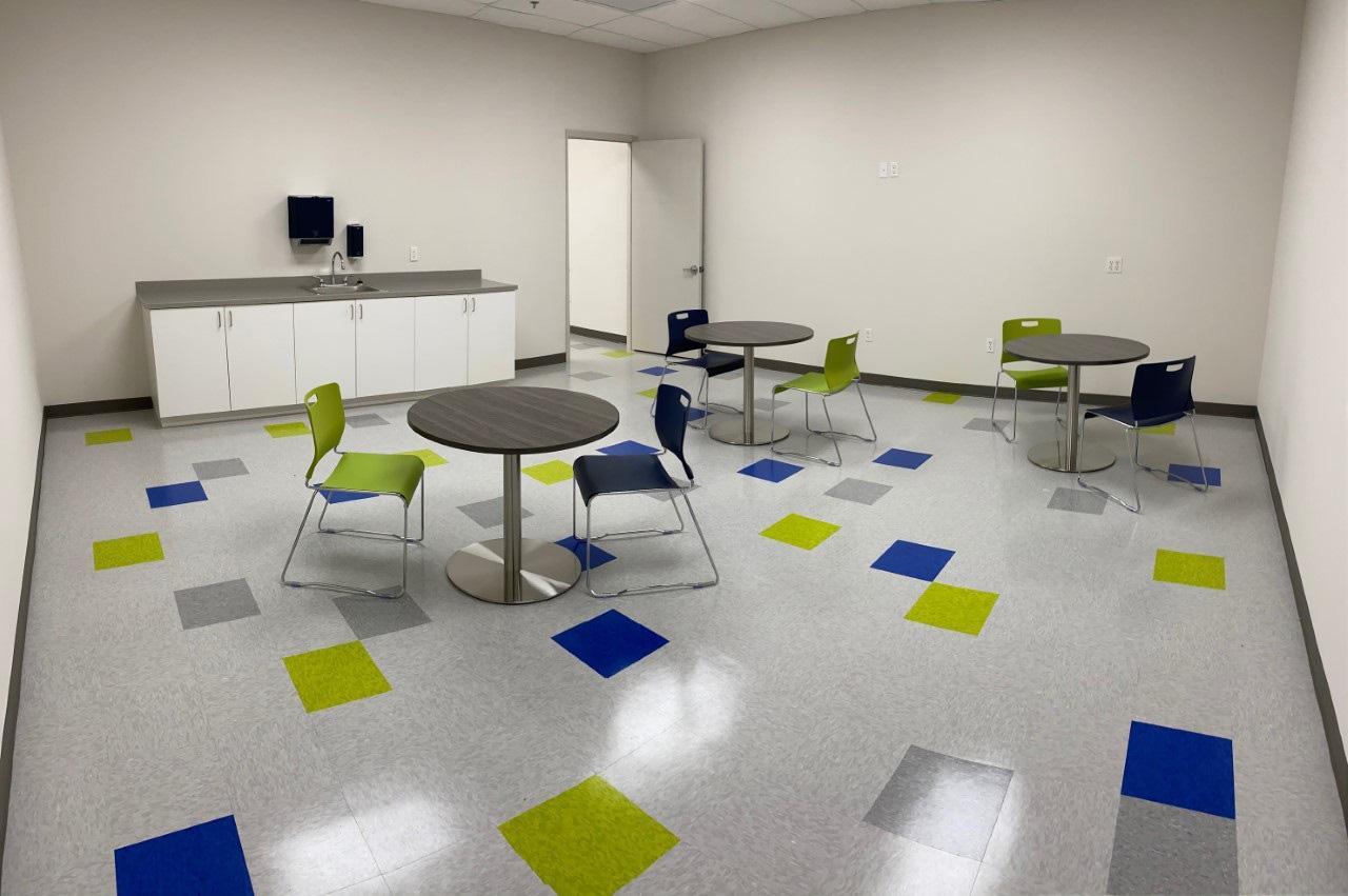 furniture-office-supplies-in-miami-florida-3-1.jpg