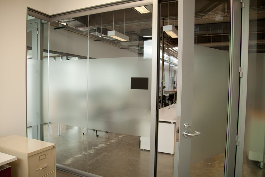 glass-room-divider-wall-view-series.jpg