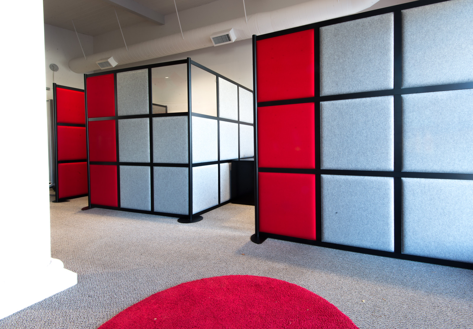 harris-worksystems-mobile-acoustic-panels-cubicle-layout-x3.jpg