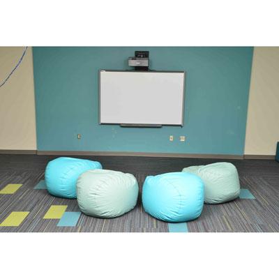 hpfi-install-seating-holton-intermediate-school-29-web-thumb.jpg
