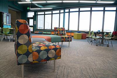 manasota-office-supplies-llc-hpfi-install-seating-carver-elementary-minneapolis-mn-03-web-thumb-4-.jpg