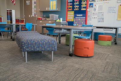 manasota-office-supplies-llc-hpfi-install-seating-carver-elementary-minneapolis-mn-03-web-thumb-6-.jpg