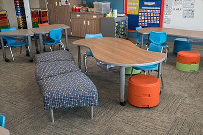 manasota-office-supplies-llc-hpfi-install-seating-carver-elementary-minneapolis-mn-03-web-thumb-7-.jpg