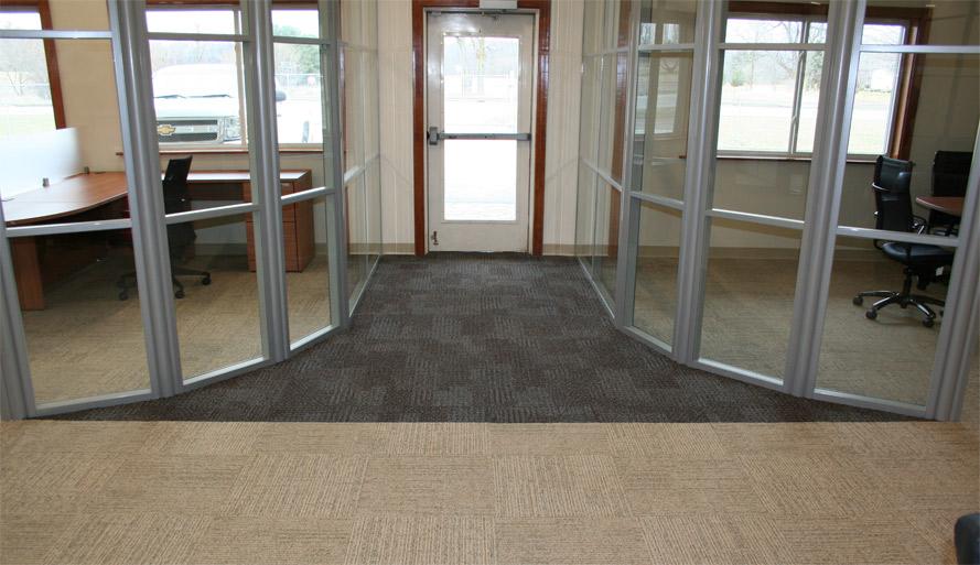manasota-office-supplies-llc-radiused-glass-office-walls-flex-series.jpg