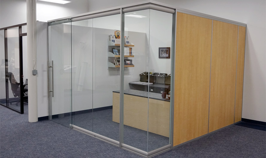 manasota-office-supplies-llc-view-series-glass-office-front-with-flex-series-solid-sidewall.jpg