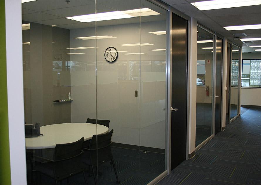 manasota-office-supplies-llc-view-series-glass-office-fronts-with-veneer-doors.jpg