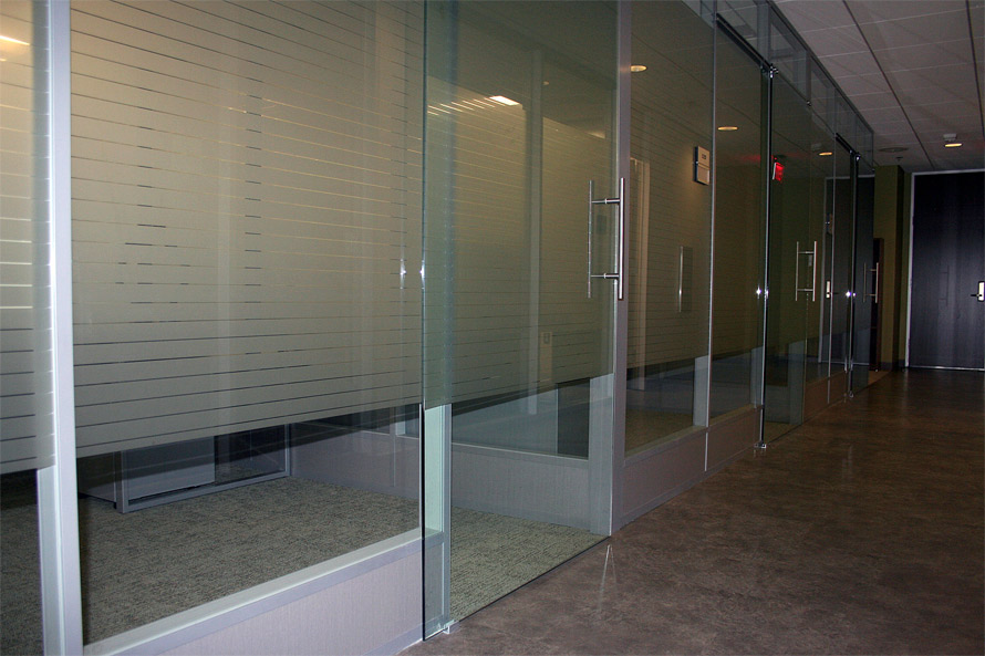 modular-power-way-with-tempered-glass-wall-panels.jpg