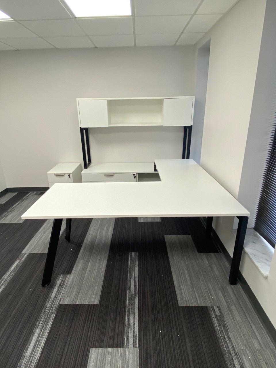 office-cubicle-in-bradenton-florida-3-.jpg
