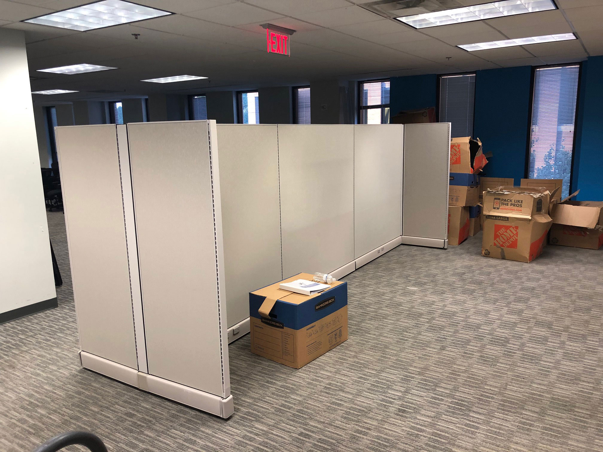 office-cubicles-for-sale-in-bonita-spring-florida.jpg