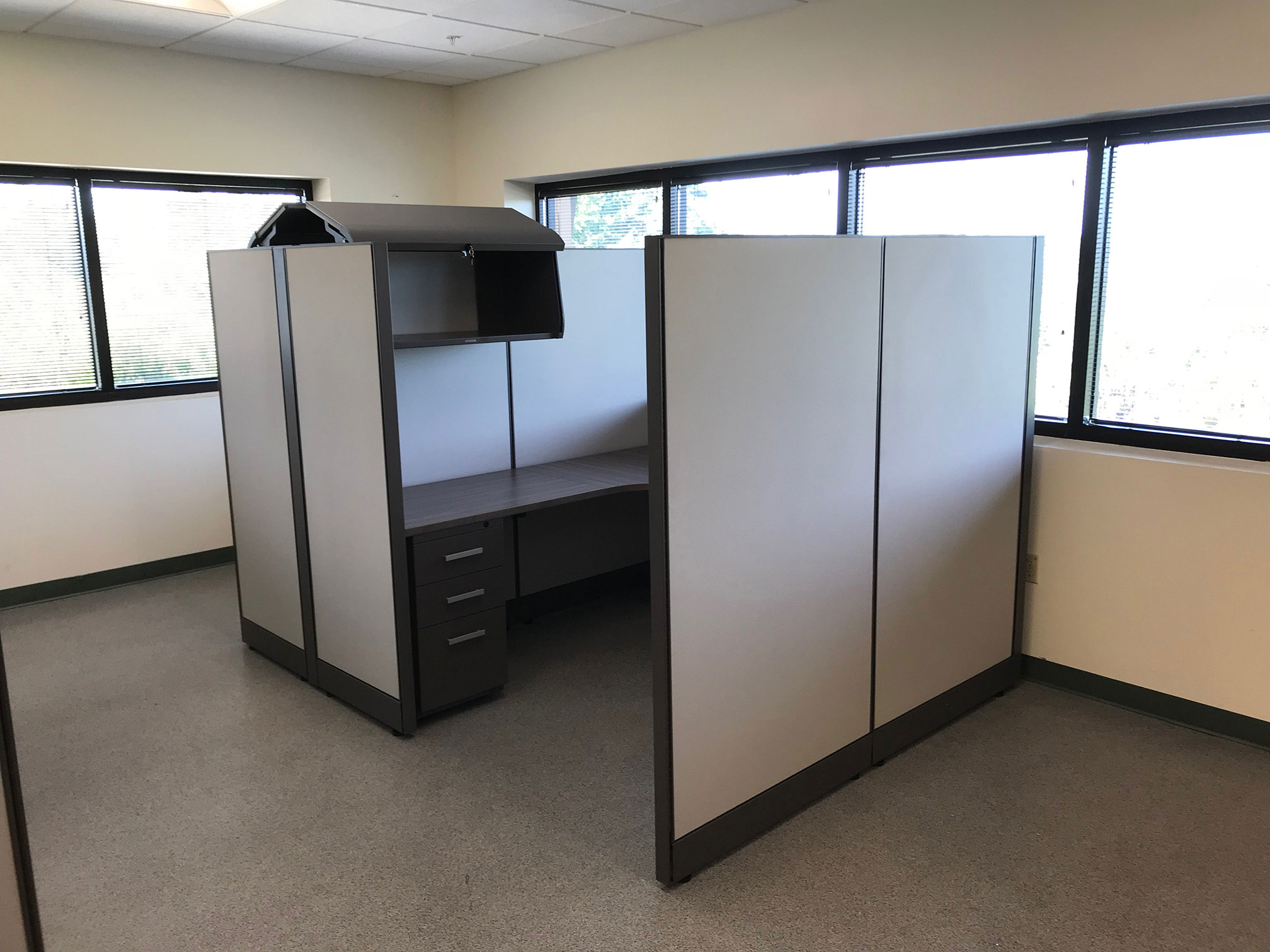 office-cubicles-for-sale-in-coconut-creek-florida-3-2.jpg