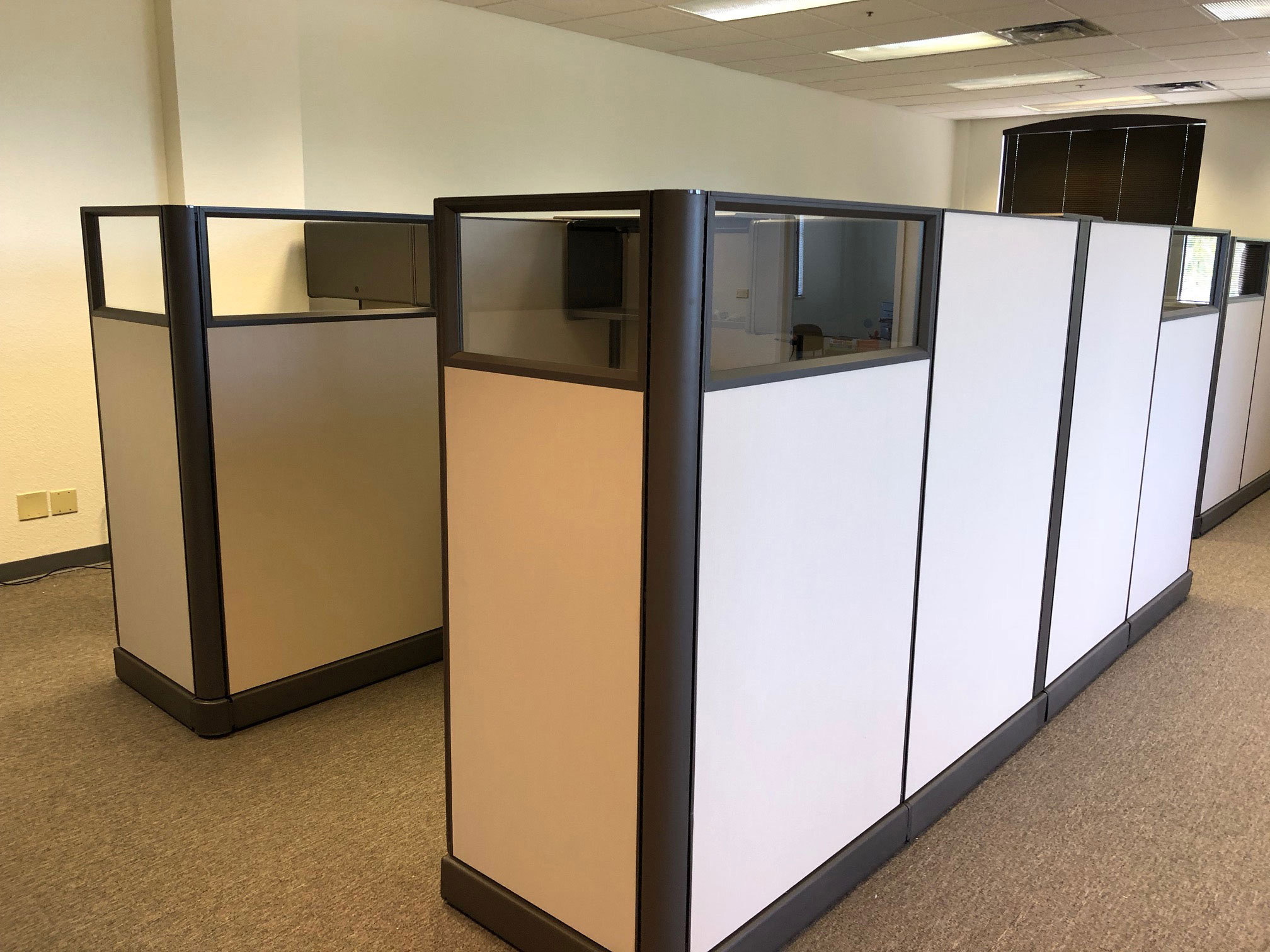 office-cubicles-for-sale-in-hollywood-florida-2.jpg