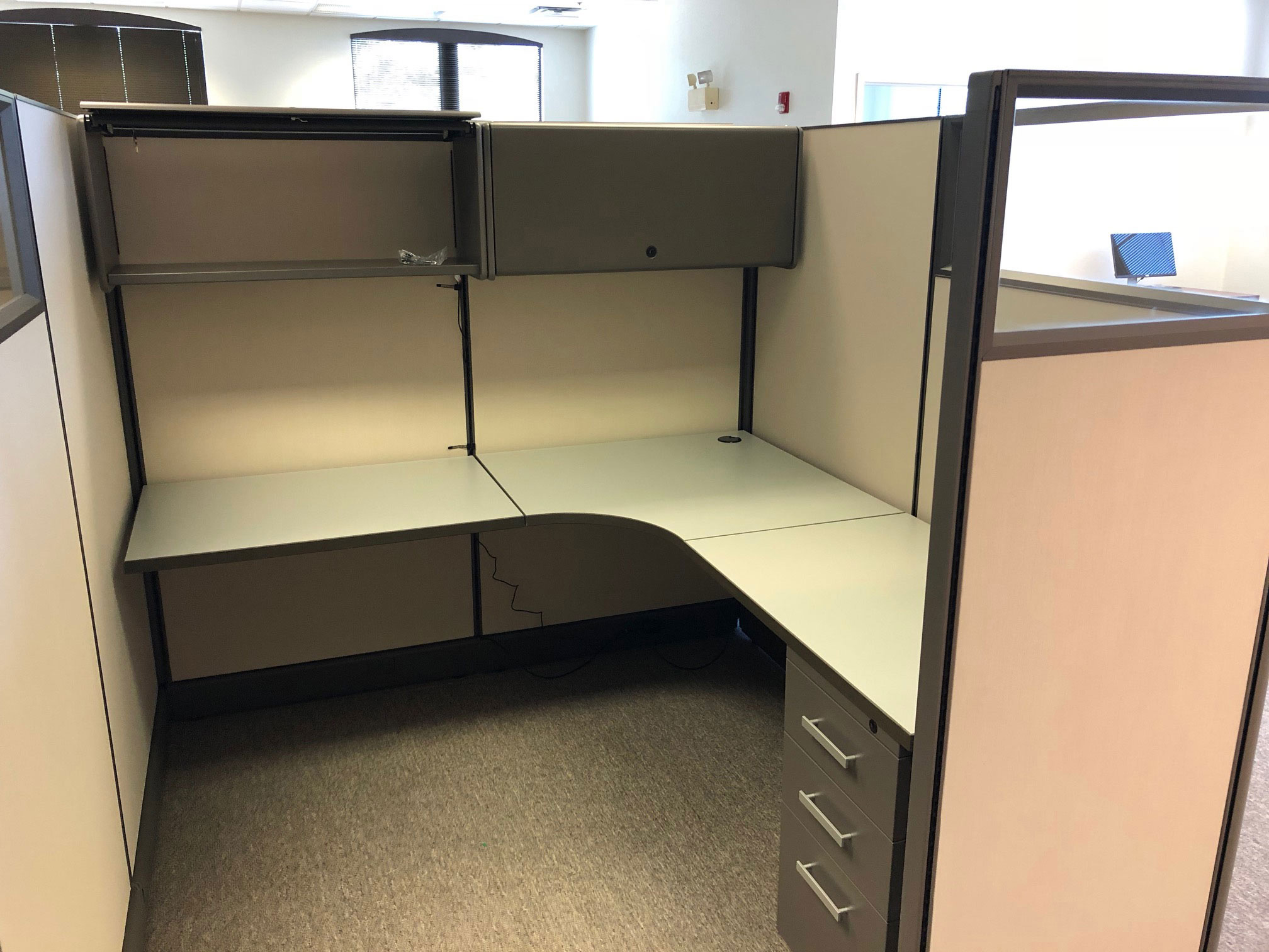 office-cubicles-for-sale-in-orlando-florida.jpg