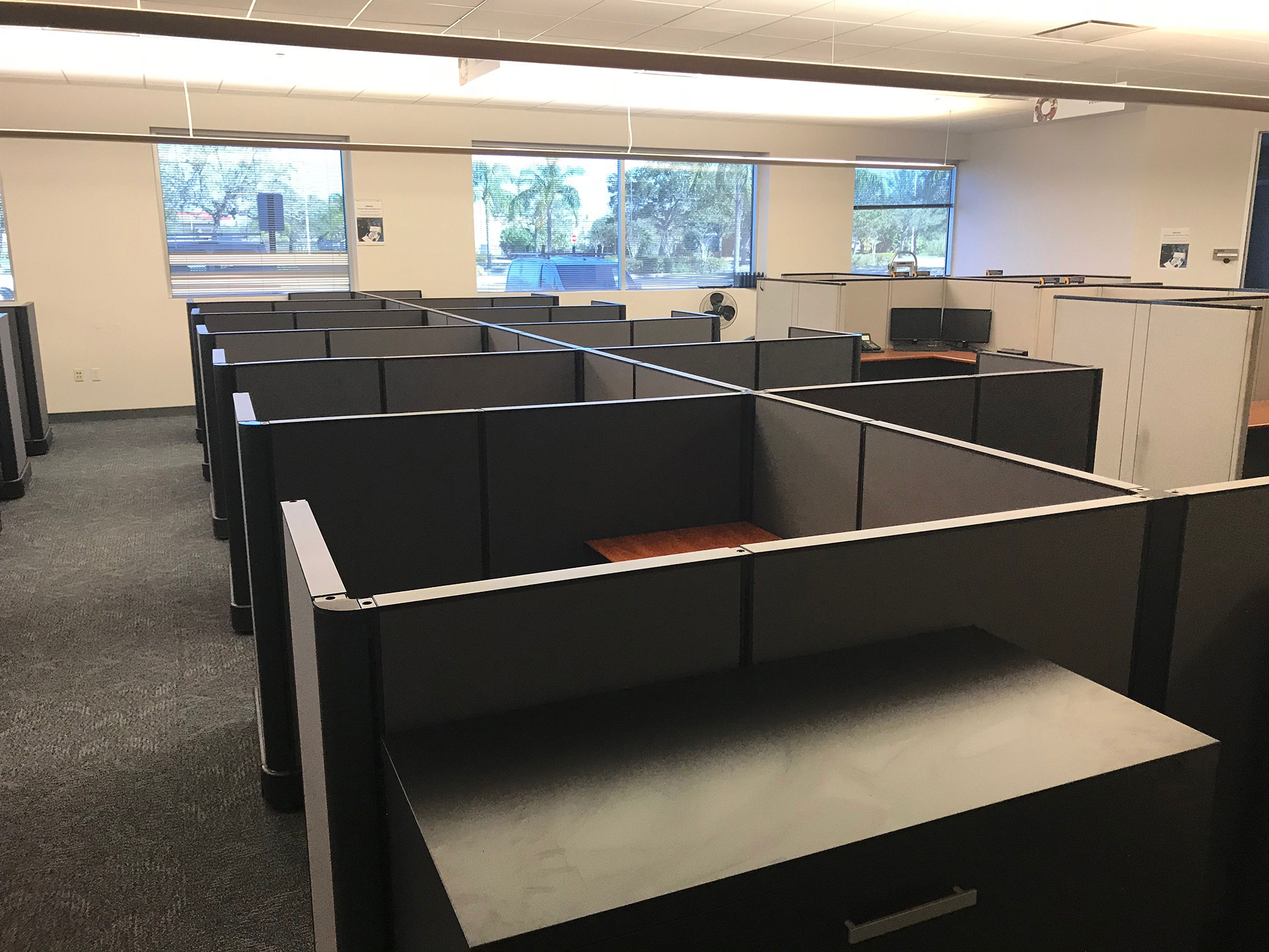 office-cubicles-for-sale-in-pembroke-pines-florida-2.jpg