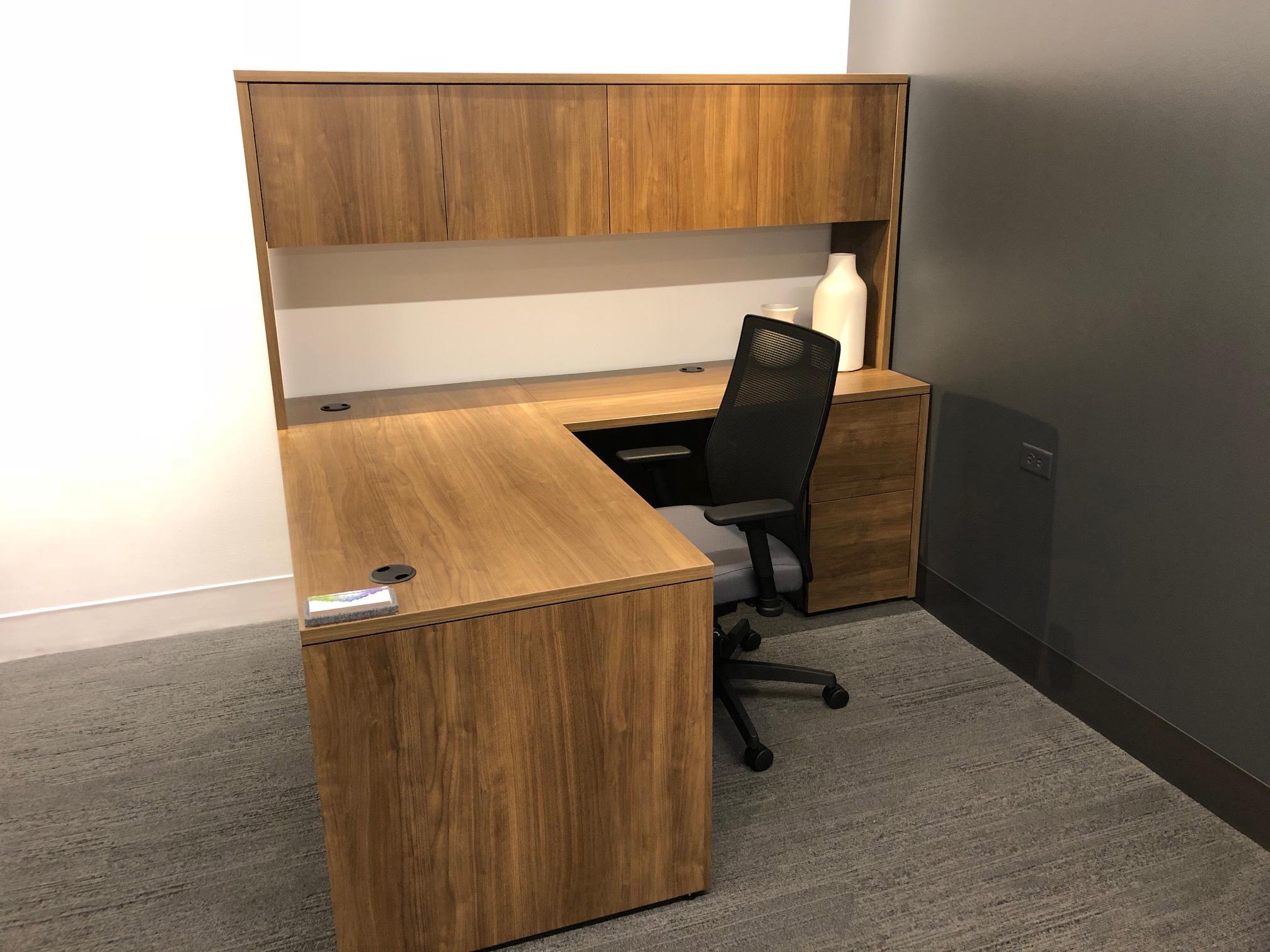 office-desk-cubicle-deltona-florida-2-.jpg