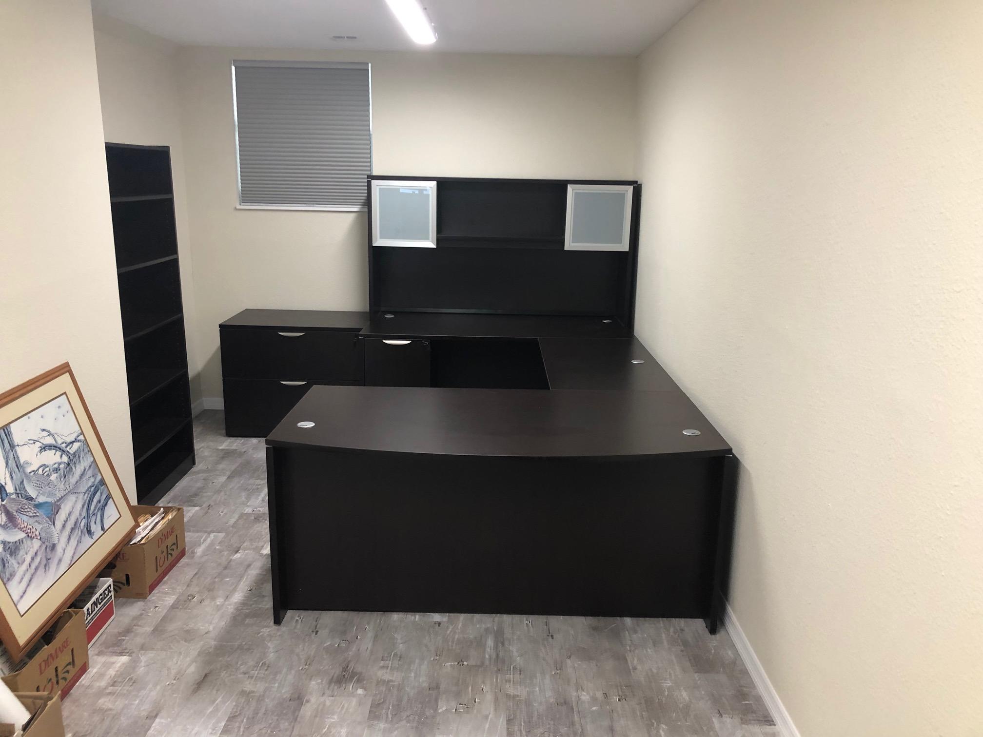 office-desk-cubicle-largo-florida.jpeg