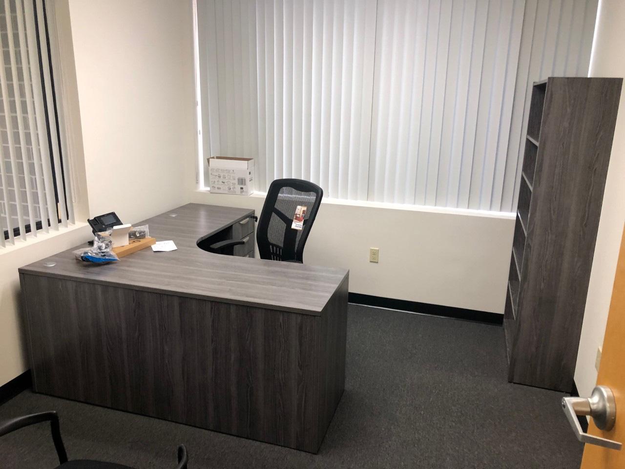 office-desk-cubicle-tampa-florida-6-.jpg