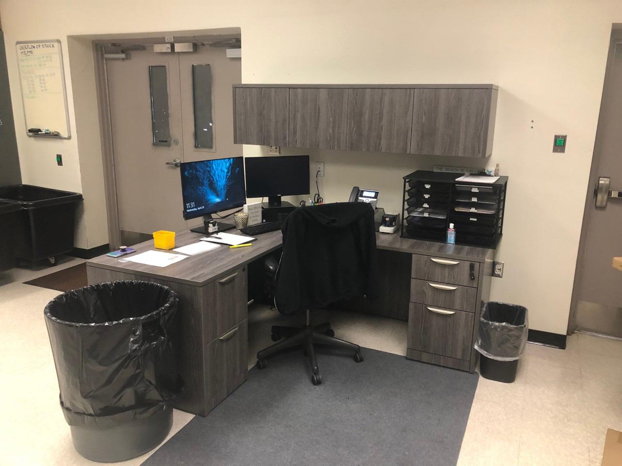 office-desk-cubicle-tampa-florida-8-.jpg