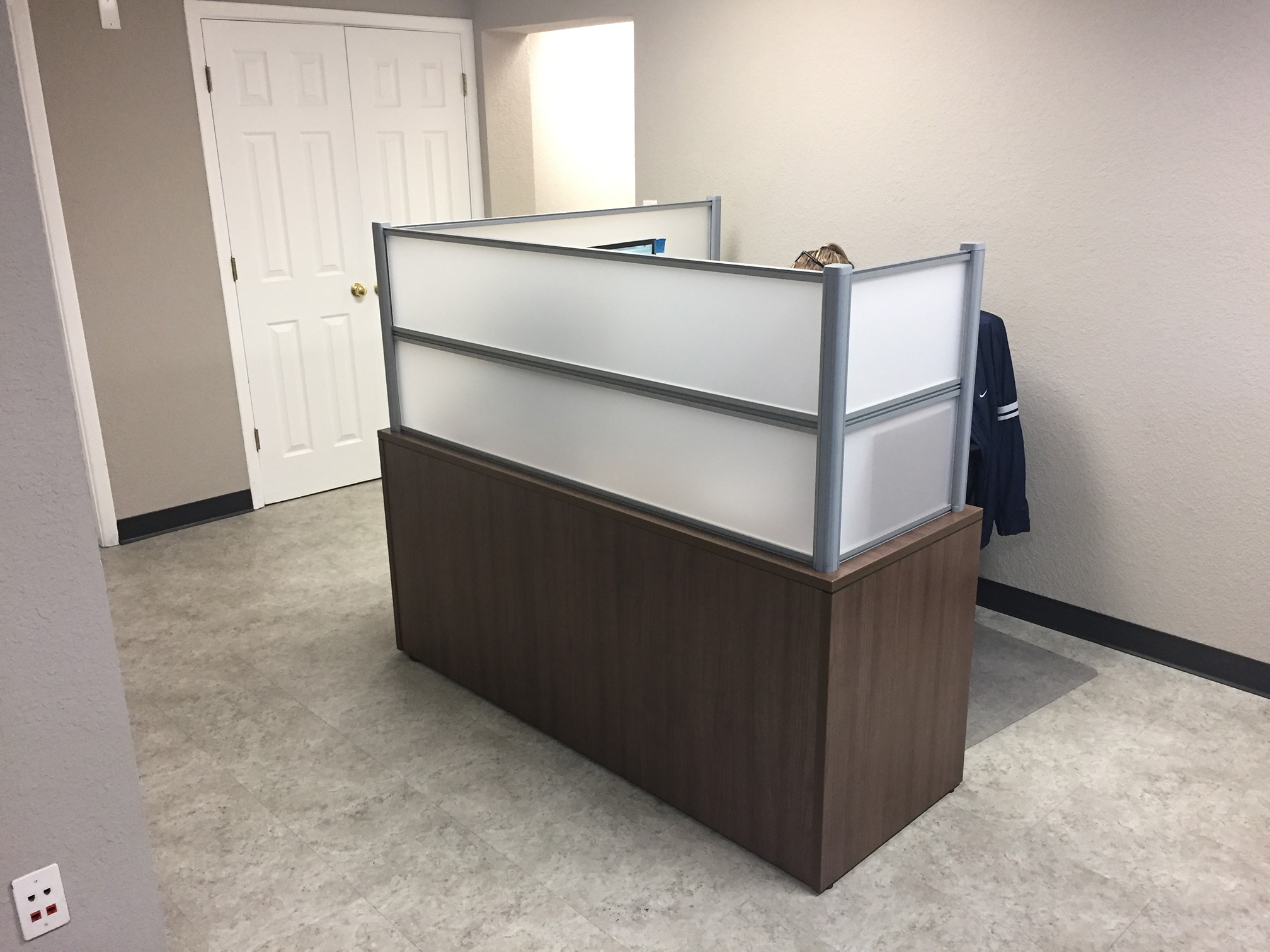 reception-desks-manasota-office-supplies-llc.jpg